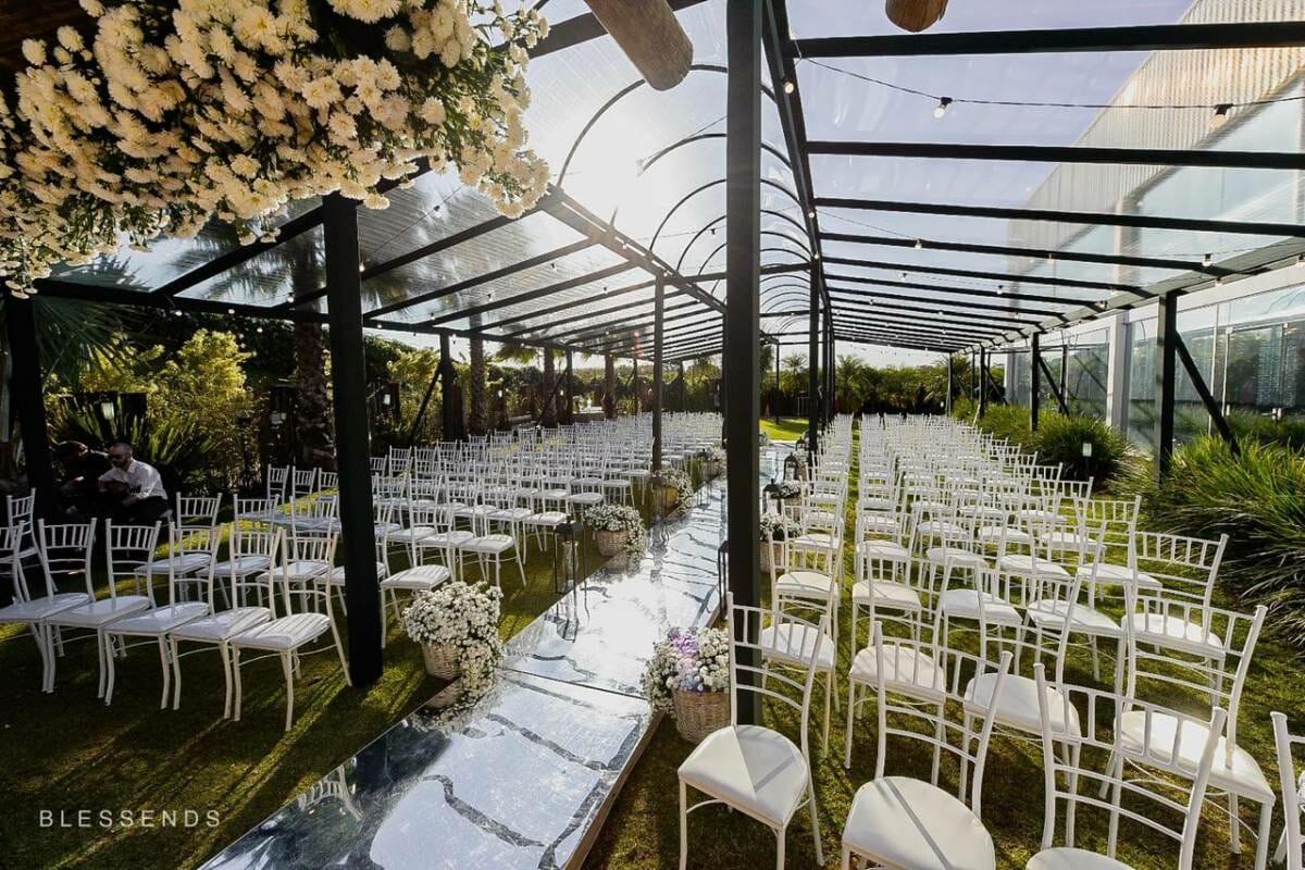 img-cerimonia-casamento-ar-livre-27