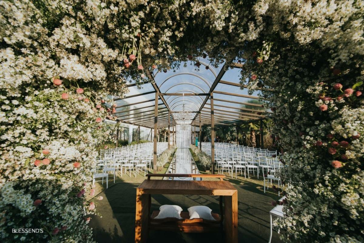 img-cerimonia-casamento-ar-livre-86